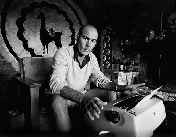 Hunter S. Thompson at his typewriter