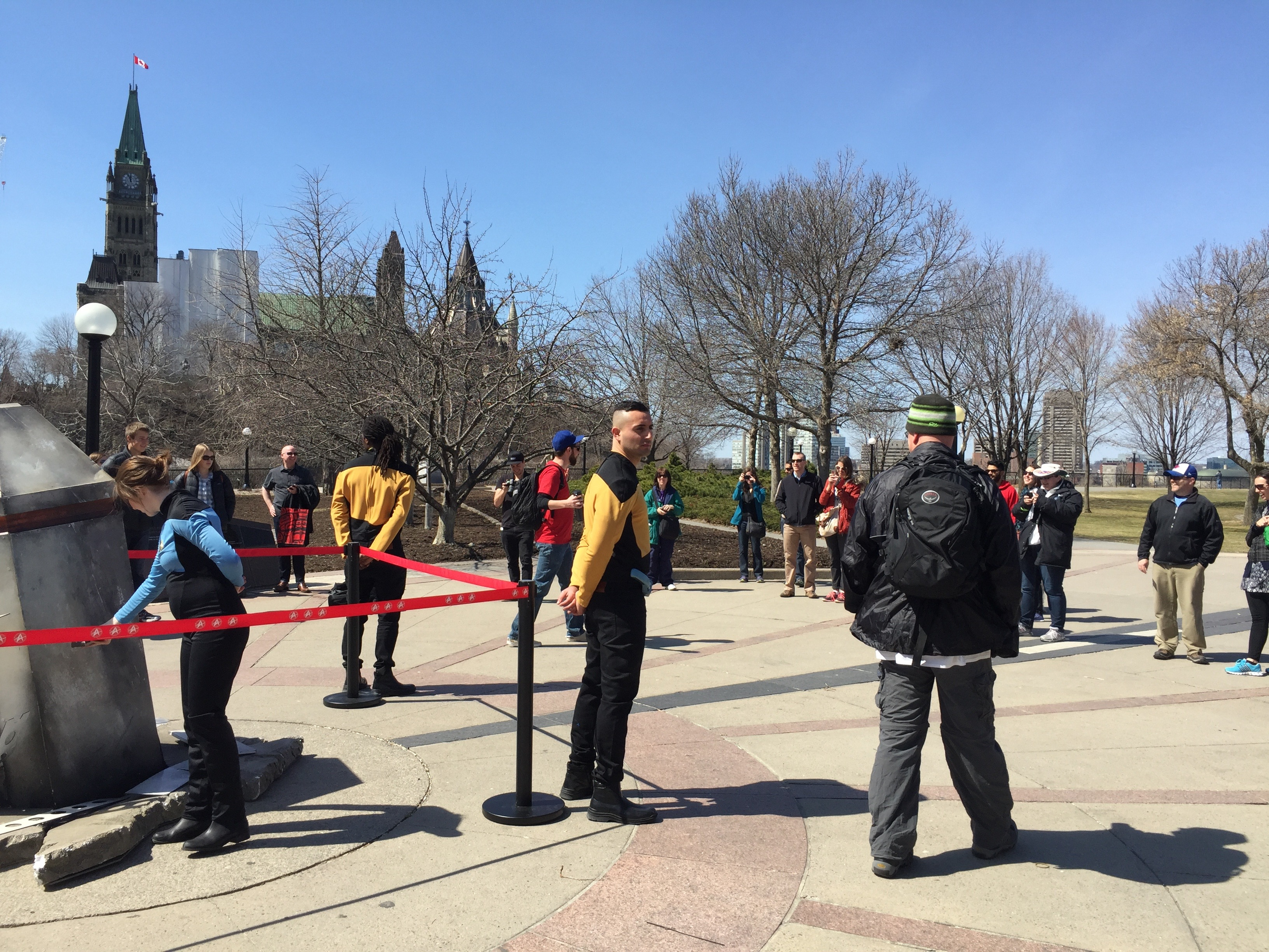 Star Trek experiential marketing installation draws a crowd in Ottawa, Canada